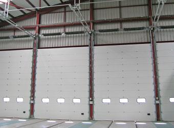 Puerta seccional industrial Portalia